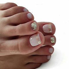 35 Ideas For Gel Pedicure Designs Toenails Pretty Toe Nails, Cute Toe Nails, My Nails, Gel Toe Nails, Gel Toes, Acrylic Nails, Toe Nail Polish, Shellac Toes, Glitter Toe Nails