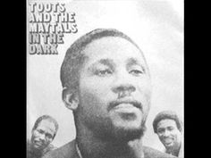 THE FOUR TOPS - Reach Out, I'll Be There (1966) - YouTube