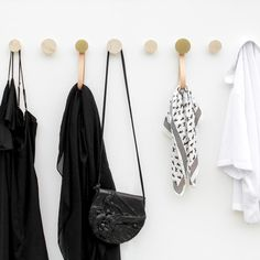 Round Beech Wood & Brass Wall Mounted Coat Hook / Hanger with Leather – Paper Wooden Coat Hooks, Coat Hooks On Wall, Wooden Wall Hooks, Wooden Walls, Design Shop, House Design, Hanging Scarves, Clothes Hooks, Trendy Home Decor