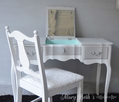 Mary Beth's Place: The Vanity That Was Almost Stolen!