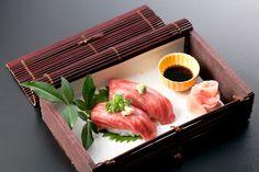 raw kobe beef nigiri
