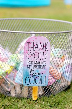 Printable Popsicle party sign - Thank you sign - Party favor sign - Two cool - Ice cream party - Summer Pool party - Customizable - Ice cream birthday party - Ice Cream Pool Party Favors, Pool Party Kids, Toddler Party Favors, Ice Cream Party Favors Kids, Party Candy, 2nd Birthday Party Themes, Birthday Party Favors, Birthday Ideas, 3rd Birthday