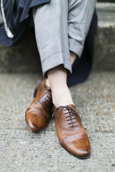 Brown Derby | Lace up flat shoes |