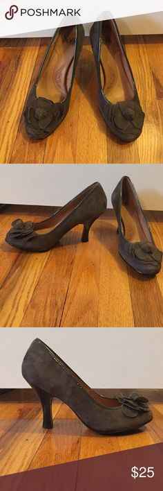 """Sofft Fiorella suede pumps, floral design on toe Brownish grey suede pumps with suede flowers on toes. Approximately 2"""" heel. Size 8W. Worn once. Sofft Shoes Heels"""