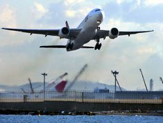 You're more likely to die from exposure to toxic pollutants in plane exhaust than in a plane crash #natgeo