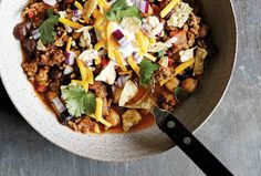 Slow Cooker Beef Chili Recipe | Leite's Culinaria