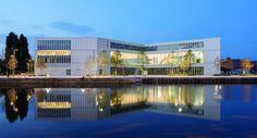 Biblioteca Alexis de Tocqueville, Caen, Francia. Imagen: Antoine Cardi.