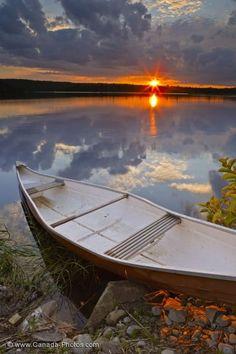 Canoe Sunset Image Sherbrooke Nova Scotia