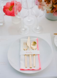 Gold and pink place setting: http://www.stylemepretty.com/living/2014/07/11/80th-birthday-party/ | Photography: Joel Serrato - http://joelserratofilms.com/