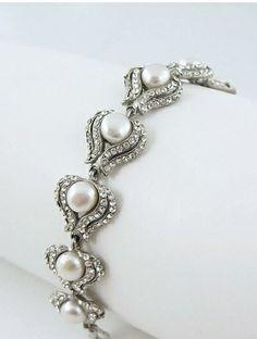Www.miaelenabridalboutique.com Bridal jewelry crystal pearls bracelet