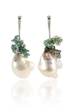 ~ Living a Beautiful Life ~ Arunashi Earrings Ear Jewelry, Diamond Jewelry, Jewelery, Fine Jewelry, Pearl Drop Earrings, Baroque Pearls, Luxury Jewelry, Beautiful Earrings, Antique Jewelry