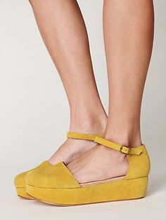 :: yellow suede lovelies