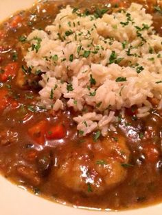 meatless meat vegan gumbo The Comforting Vegan : Vegan Gumbo with Brown Rice Vegan Soups, Vegan Vegetarian, Vegetarian Recipes, Healthy Recipes, Vegan Meals, Vegan Food, Vegetarian Gumbo, Raw Vegan, Delicious Recipes