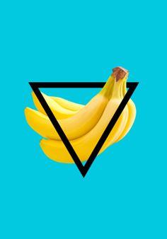 Compre blue banana beach de @ohperashop em posters de alta qualidade. Incentive artistas independentes, encontre produtos exclusivos.