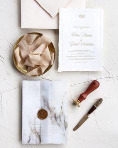 Handmade paper, deckled edges and letterpress printing for this elegant wedding invitation. / © PAPIRA invitatii de nunta personalizate