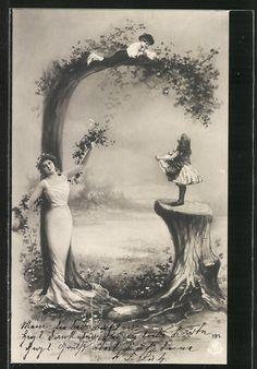 old postcard: AK Apfelbaum bilde Buchstabe G, Junge wirft Äpfel hinunter, elegante Frau im weissen Kleid