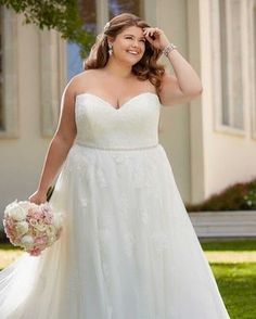 Here's our advice. Buy the dress that makes you feel most like yourself, because that's the person he fell in love with💗 Perfect Wedding Dress, Boho Wedding Dress, Wedding Party Dresses, Lace Wedding, Plus Size Wedding Gowns, Formal Dresses For Weddings, Bride Dresses, Maxi Dresses, Bridal Gallery