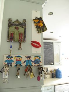 the little key rack illustration is adorable!