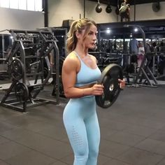 Upper body workout to build strength and tone flabby arms #upperbodyworkout #armworkout #exercisefitness #fitness #exercise