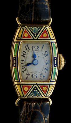 Art Decó ~ Tania enamelled watch ~  Gold and enamel ~ 18K  ~  Swiss ~ 1925