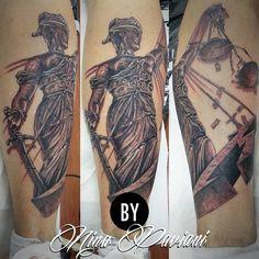 Estatua da justiça, capa do Metallica no estilo realismo preto e branco