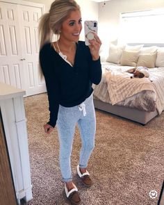 Lazy Day Outfits – Page 6446426169 – Lady Dress Designs Cute Comfy Outfits, Cute Fall Outfits, Mom Outfits, Fall Winter Outfits, Spring Outfits, Trendy Outfits, Fashion Outfits, Cute Lounge Outfits, Lazy Day Outfits For School