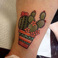 Tattoodo - Kaktus - Cute cactus tattoo by Miss Quartz. Small Traditional Tattoo, Traditional Tattoo Flowers, Traditional Roses, Fake Tattoos, Flower Tattoos, Cactus Wallpaper, Tattoo Wallpaper, Kaktus Tattoo, Succulent Tattoo