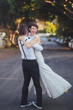 Smog Shoppe Wedding on SMP | See it here: http://www.stylemepretty.com/2013/11/27/smog-shoppe-wedding-from-sitting-in-a-tree-events | Wedding Gown: Ulla Maija  | Photography: rad and in love