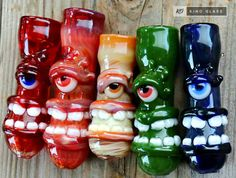 These cyclops say cheese glass pipe chillums are packed with detail. These chillum pipes have a life-like eye and a big, toothy smile. :) These unique pipes are extra chunky and have very generous bowls. Choose your color from the drop down menu to the right. If you are interested in a color you dont see pictured, feel free to shoot us a message. These glass chillums will make a great gift, or addition to your collection of cool pipes!  FEATURES: ~Measures: Approximately 3-3.5 inches in…