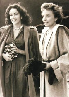 Elizabeth Taylor with her mother Sara