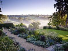 The Hermitage, near Bath, south west England Planting designed by Arabella Lennox-Boyd Photo: Jason Ingram