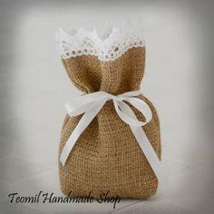 SET OF 25 Natural Rustic Burlap Wedding Favor Bag or Gift Bag 5x7 inch