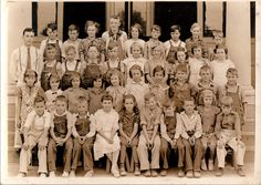I love these kind of photos, they scare me though but they are just wonderful. The photo was taken in Greysville, Indiana. Very interesting study of hair-dos and clothing of these Depression Era children.