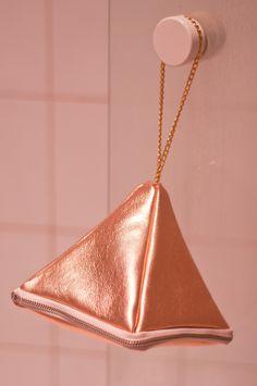 DIY: Leather Pyramid Bag