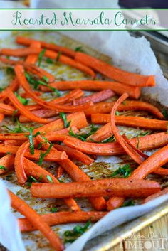 Roasted Marsala Carrots {Gluten Free Thanksgiving Side Dish} Mom On Timeout Vegetable Sides, Vegetable Side Dishes, Side Dish Recipes, Vegetable Recipes, Vegan Pizza Recipe, Cooking Recipes, Healthy Recipes, Healthy Meals, Carrot Recipes