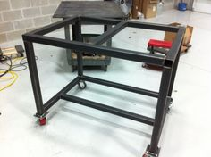 Welding table on casters