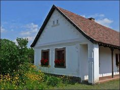 Hungary Cottage Homes, Traditional House, Hungary, Countryside, Sweet Home, Shed, Farmhouse, Exterior, Outdoor Structures