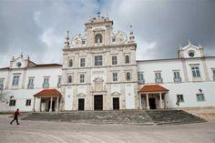 A obra do arquiteto Nicolau Nasoni e um mestrado sobre monumentos e edifícios históricos foram distinguidos na edição deste ano.