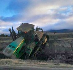 John Deere 9030T Series tractor