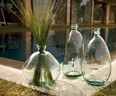 Authentic is een vaas van recycled glas. Stoer en door de vorm en omvang ook weer heel lief!
