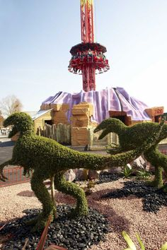 #Magma ride @Paultons Theme Park | Home of Peppa Pig World with #topiary #dinosaurs. #themepark