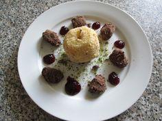Dessert-Pommes  faux   frit  avec truffe de  datte  farci de crem  patissier  Gino D'Aquino