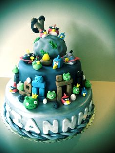 handmade space angry birds cake for my 5 year old son!