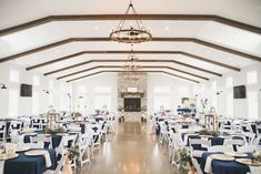 Venue: The Sycamore Winery Photography: Amy Foltz Photography Wedding Colors, Amy, Table Decorations, Weddings, Photography, Furniture, Home Decor, Photograph, Decoration Home