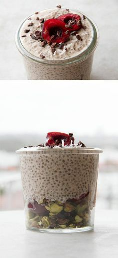 Sweet Cherry Chia Breakfast Jar, for smooth energy all morning//