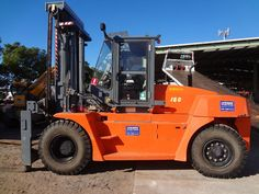 Used Diesel Forklifts with lifting capacity Ton & Over by EP, Linde & Kalmar at Lencrow. Call 1300 536 276 for quote in Sydney, Melbourne, Brisbane, Newcastle and Adelaide. Car Camper, Campers, Lifted Trucks, Brisbane, Tractors, Diesel, Busses, Big, Kalmar