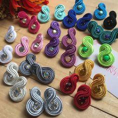 Great Gift Ideas for that special someone Crochet Bracelet Pattern, Crochet Beaded Bracelets, Bead Crochet Rope, Soutache Tutorial, Best Friend Jewelry, Beaded Jewelry Designs, Earring Cards, Soutache Jewelry, Mo S