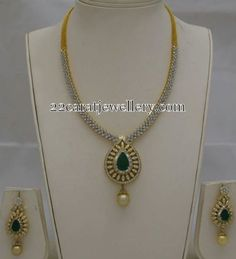 Jewellery Designs: Simple Diamond Set by Totaram Jewels Diamond Necklace Simple, Diamond Jewelry, Gold Jewelry, Locket Design, Bollywood Jewelry, Gemstone Earrings, Emerald Earrings, Gold Jewellery Design, India Jewelry