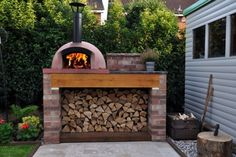 October Oven of the Month 2015 - Mezzo 76 Go - The Stone Bake Oven Company Outdoor Kitchen Patio, Outdoor Pergola, Outdoor Kitchen Design, Backyard Patio, Outdoor Decor, Outdoor Living, Diy Pizza Oven, Pizza Oven Outdoor, Pizza Ovens