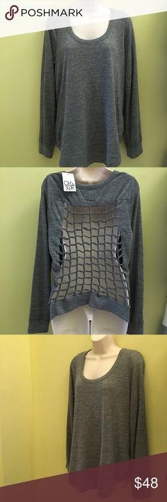 Chaser heather gray long sleeve open back top L Chaser heather gray long sleeve open back top L Chaser Tops Tees - Long Sleeve
